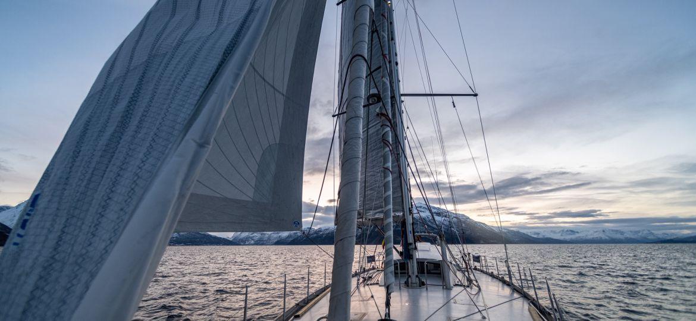 sailing - RYA navigations